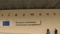 德國:默克爾呼吁歐盟就經濟恢復計劃進行磋商