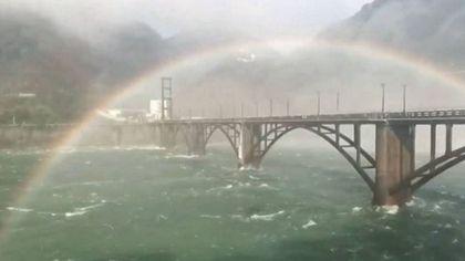 新安江雨過天晴見彩虹