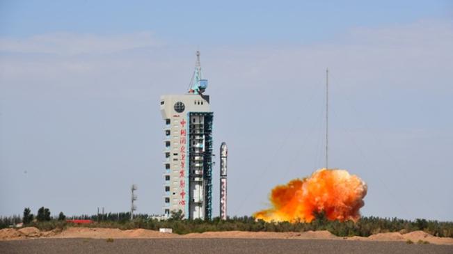 我國可重復使用試驗航天器成功著陸