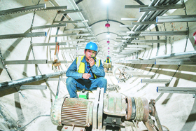 微視頻:安徽首條湖底電纜隧道投入運行