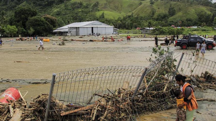 印尼東部洪災已致58人遇難