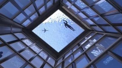 世界上第一個屋頂360度無邊泳池