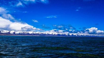 飛閱西藏|到世界海拔最高鹹水湖納木錯 瞰水天一色!