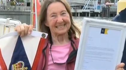 77歲航海家獨自完成環球之旅