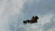 """""""會飛""""的聖誕老人又到瑞士了!"""