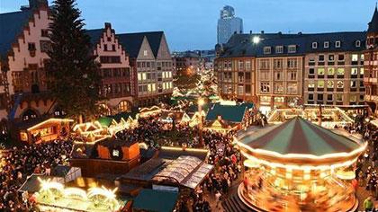 德國法蘭克福聖誕集市開張迎客