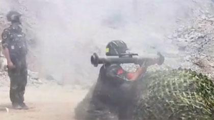 真槍實彈!超燃武警模擬實戰