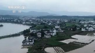 安徽:暴雨致多地被淹 人員緊急轉移