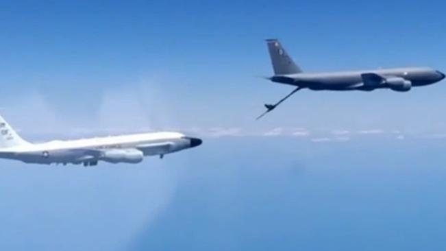 俄戰機在黑海上空攔截美偵察機