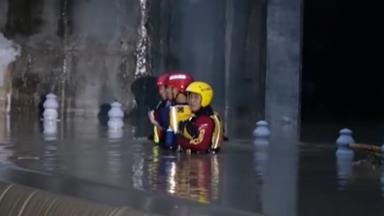 四川廣元:暴雨致局地積水 連夜轉移安置被困人員