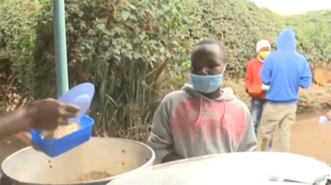 肯尼亞:午餐補貼計劃讓孩子免遭饑餓