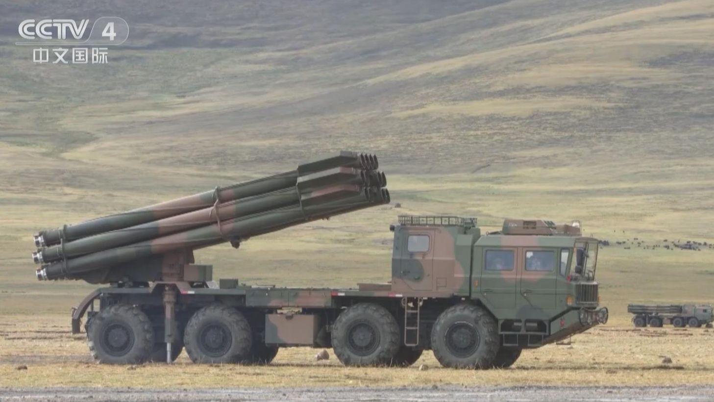 西藏軍區:海拔4700米 多炮種極限射程實彈演練