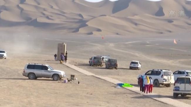 新疆:蜃樓多奇觀 沙漠深處有風光