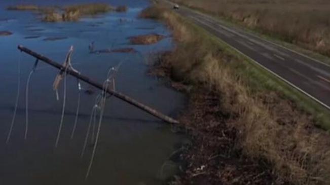 """美國:颶風""""德爾塔""""造成約50萬用戶斷電"""