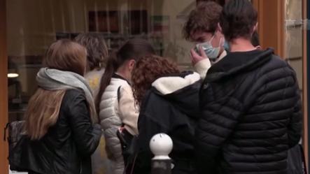 法國:日增新冠肺炎確診超四萬例 累計近百萬例