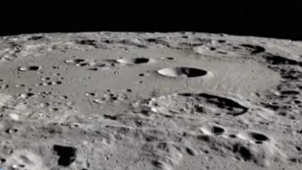 美國探測器首次在月球的太陽照射面發現水