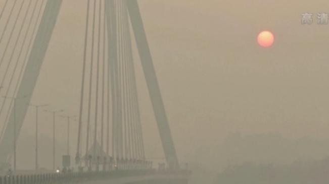 霧霾!印度空氣污染嚴重 民眾:呼吸困難眼部灼痛