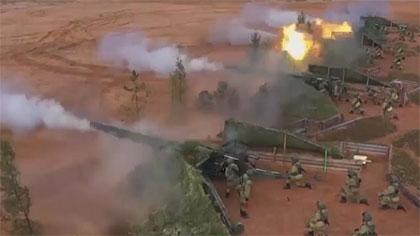 """壯觀!火力全開 俄導彈和炮兵部隊""""慶生""""開訓"""