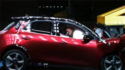 交警帶您走近汽車碰撞實驗室