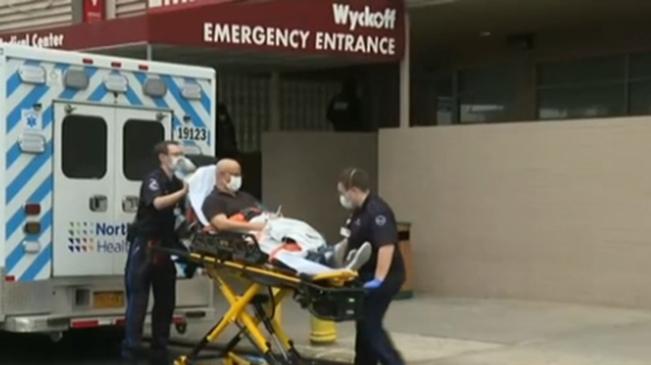 美國新冠肺炎疫情經歷最糟糕的一個月