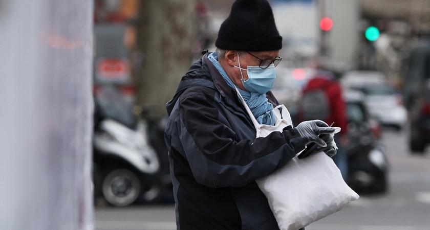 法國累計新冠肺炎確診病例超303萬例
