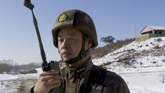 """坦克步戰車衝進風雪 體驗""""凍感""""與""""動感"""""""