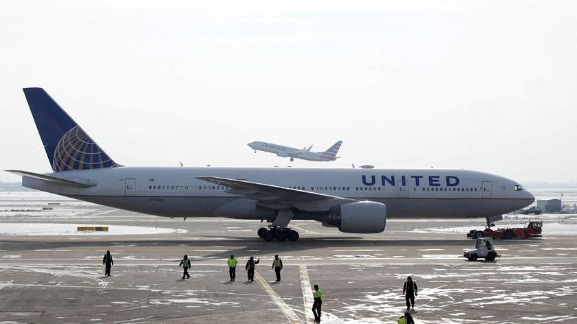 美聯航:停飛24架波音777機型航班