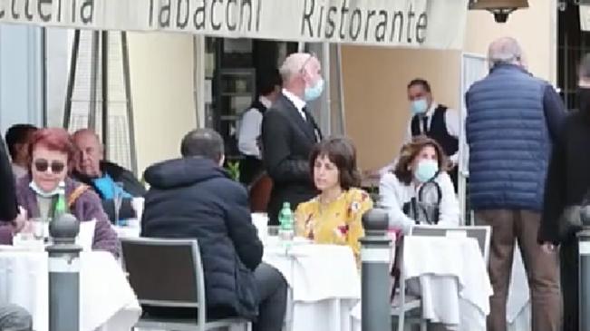 意大利:今起全國超一半大區收緊疫情防控措施