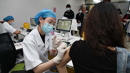 專家分析:國內疫苗供應量是否跟得上?