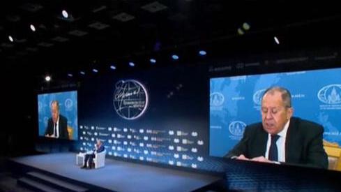 俄羅斯:俄羅斯外長拉夫羅夫表示——俄方對俄美元首會晤取得突破不抱幻想
