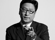 白岩松評公益:目前中國公益確有瑕疵
