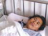 女教師面對失控轎車勇救學生雙腿被壓
