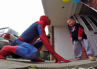 爸爸扮成蜘蛛俠 給腦癌兒子慶生