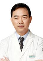 巫文雲:鼻整形專家