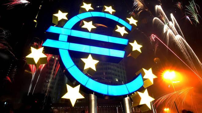 歐元區1月綜合PMI終值僅為53.6