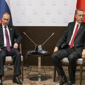 俄土外长商定恢复两国打击恐怖主义工作组的联系