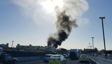 """澳一飛機墜毀至少5人死亡 目擊者稱看到""""大火球"""""""