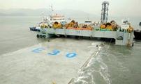 港珠澳大橋最後沉管安裝成功