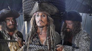 《加勒比海盜5》公開新預告 布魯姆時隔十年回歸
