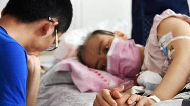 母親患白血病隱瞞一年多 兒子高考前得知未揭穿