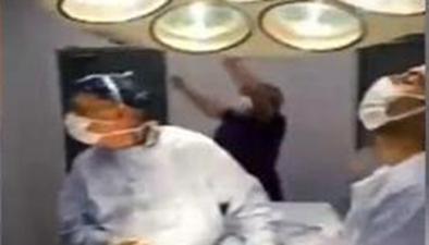 瘋狂的球迷:球迷醫生邊手術邊看球 進球舉手術刀歡呼