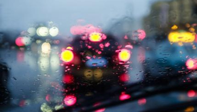 網人網事:雨天行車 這些要注意