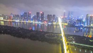 航拍長沙:夜空在上 洪水向下