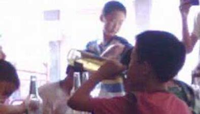 山東濟南:小學畢業聚餐 13歲男孩醉酒進醫院
