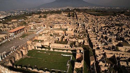 夜遊古城:意大利龐貝古城今夏開放夜間遊覽