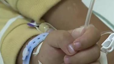 螞蟥寄生男孩體內一個月 家長稱孩子喝過生水