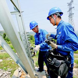 高溫酷暑 安徽金寨供電部門積極應對 保障迎峰度夏
