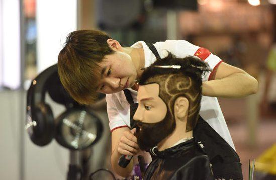 世界技能大賽美發比賽玩轉時尚 中國選手欲衝金