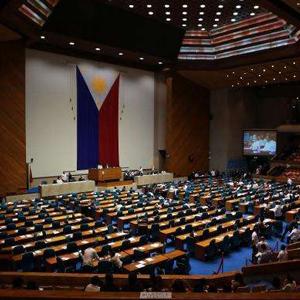 [新華簡訊]菲律賓國會批準延長南部戒嚴令至明年底