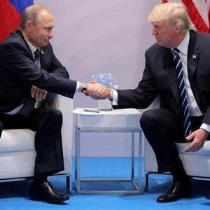 [新華簡訊]俄美總統通電話討論兩國關係和朝鮮半島問題
